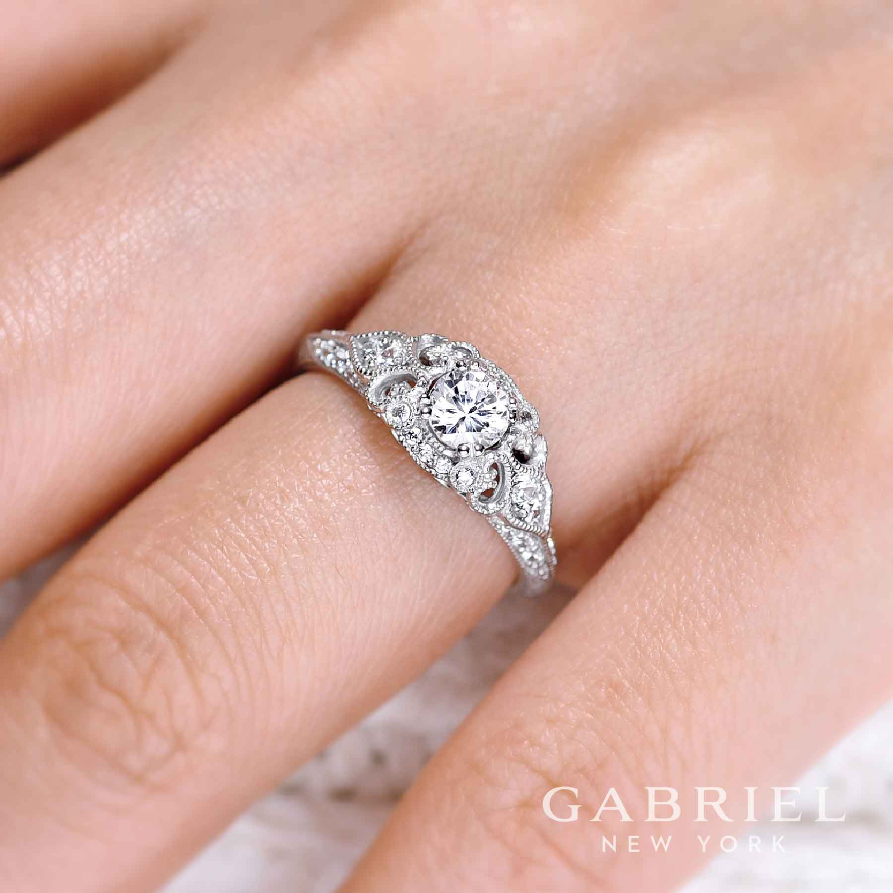 Engagement Rings: Allains Jewelry